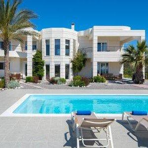 Andrealexia Deluxe Villa