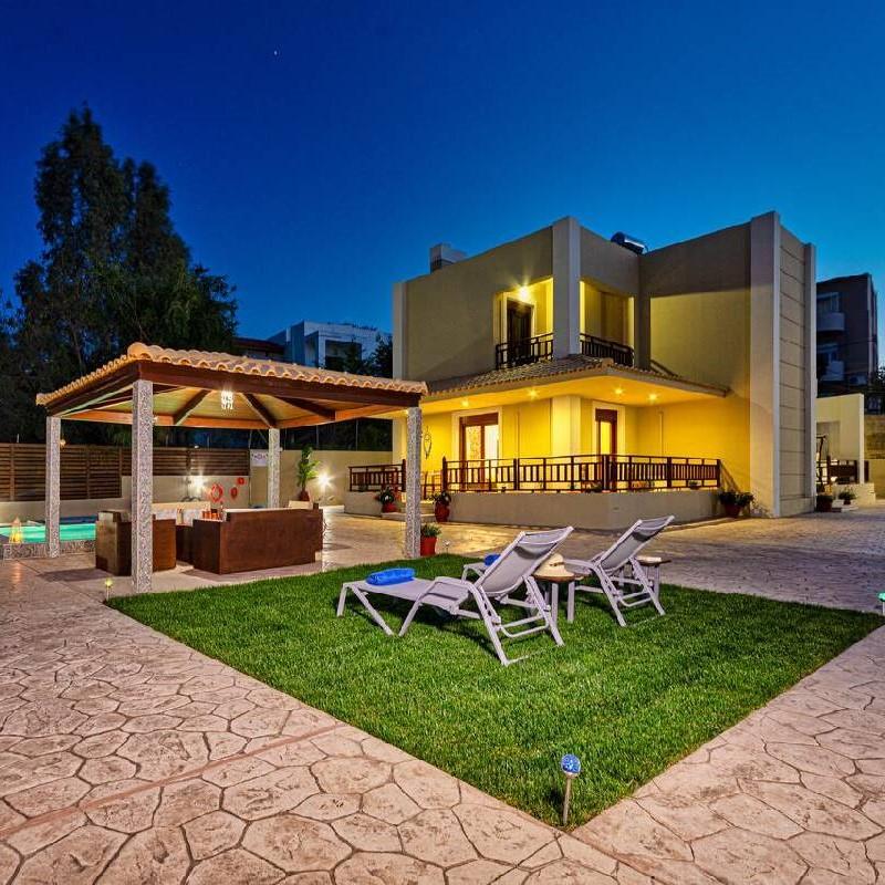 Maria's Luxurious Villa In Koskinou